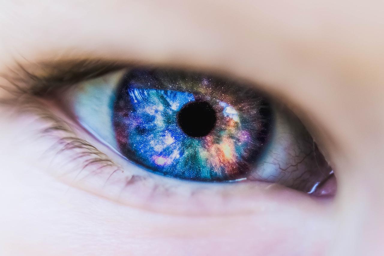 Profilaktyka zdrowych oczu – o czym warto pamiętać? Suplementy diety na oczy – sklep internetowy
